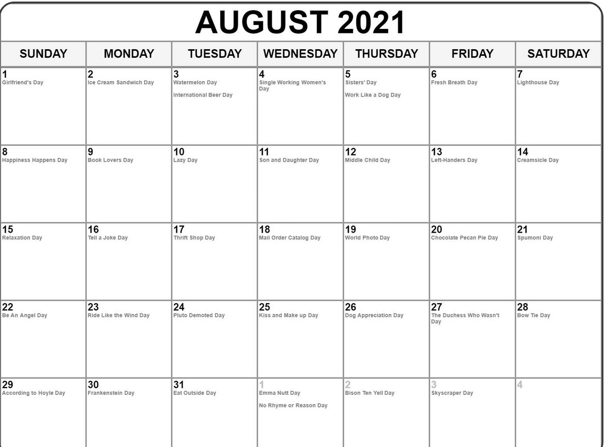 August 2021 Callendar With Holiday Free